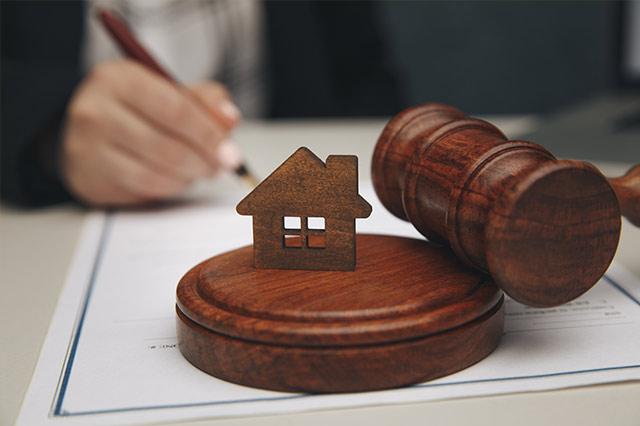 老夫妻互指控外遇!為財產鬧翻,法官判准離婚!
