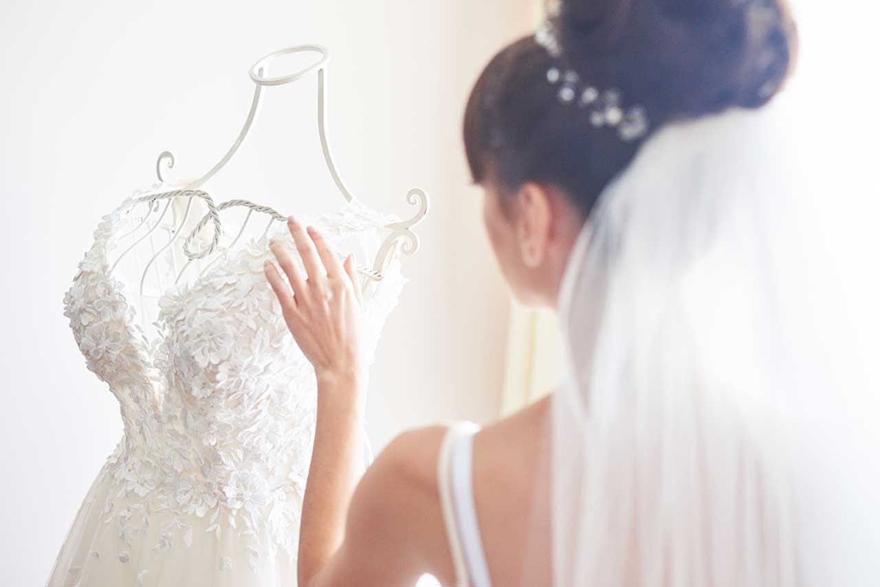 超痛心!丈夫出軌,小三竟是12年前婚禮上的伴娘!