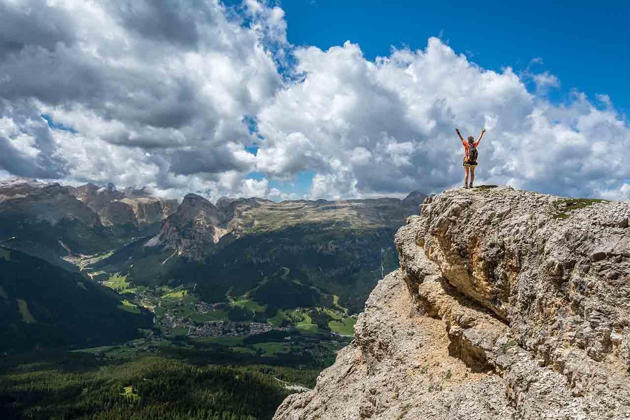 即使通往幸福的路滿佈荊棘也要勇敢往前