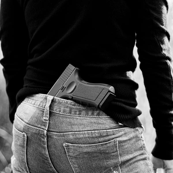 因不滿債務糾紛遭介入 男子槍擊徵信社被捕