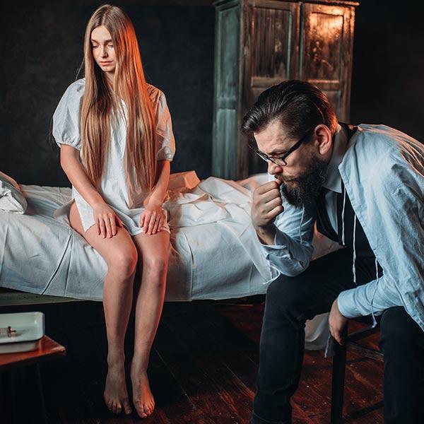醫師護士抓姦在床-不起訴