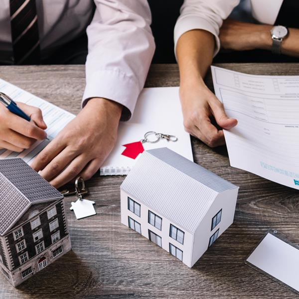 欠債而脫產,是否可以告損毀債權?