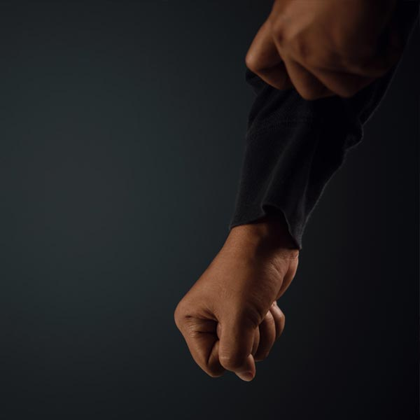 高利貸之暴力討債 逼迫賣淫女仙人跳