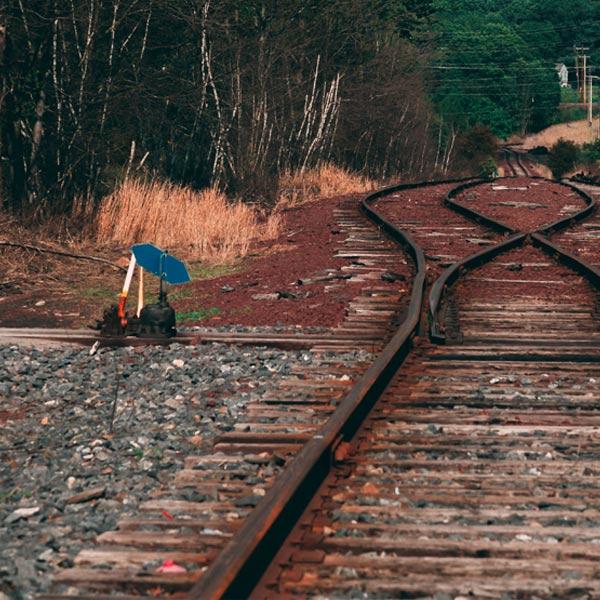 疑似債務討債問題 男子闖入了捷運軌道