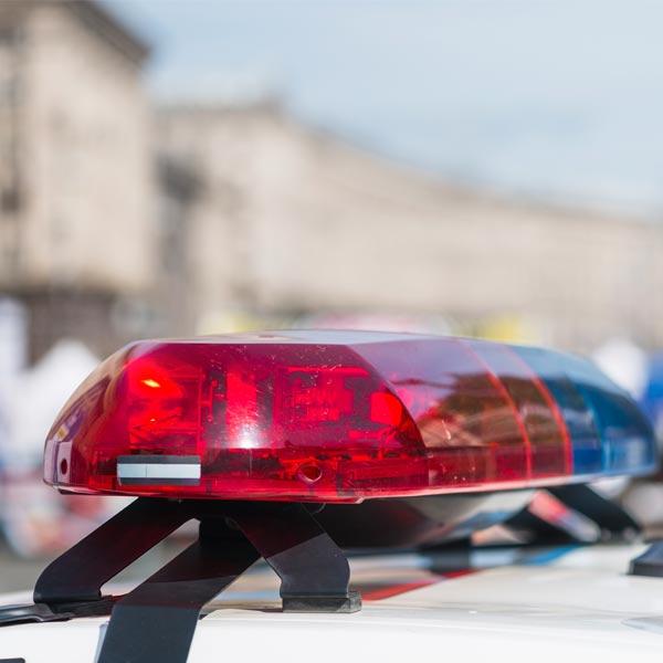 警方涉嫌賣百筆個資 賺討債錢