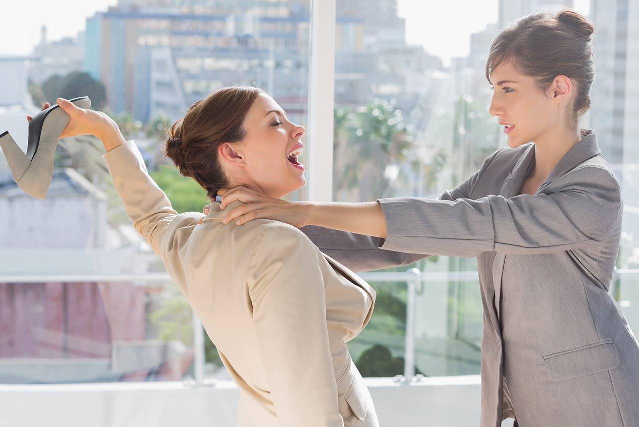 女子為報復小三勾引其丈夫反被捉姦